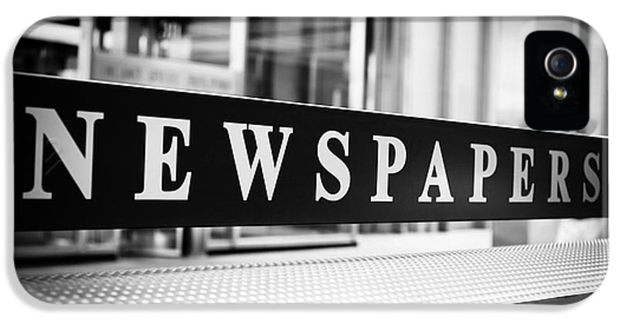 Chicago IPhone 5 Case featuring the photograph Chicago Newspapers Stand Sign In Black And White by Paul Velgos
