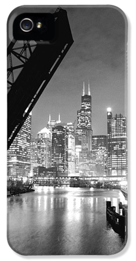 Chicago Skyline IPhone 5 Case featuring the photograph Chicago Skyline - Black And White Sears Tower by Horsch Gallery