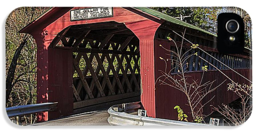 Vermont IPhone 5 Case featuring the photograph Chiselville Covered Bridge by Edward Fielding