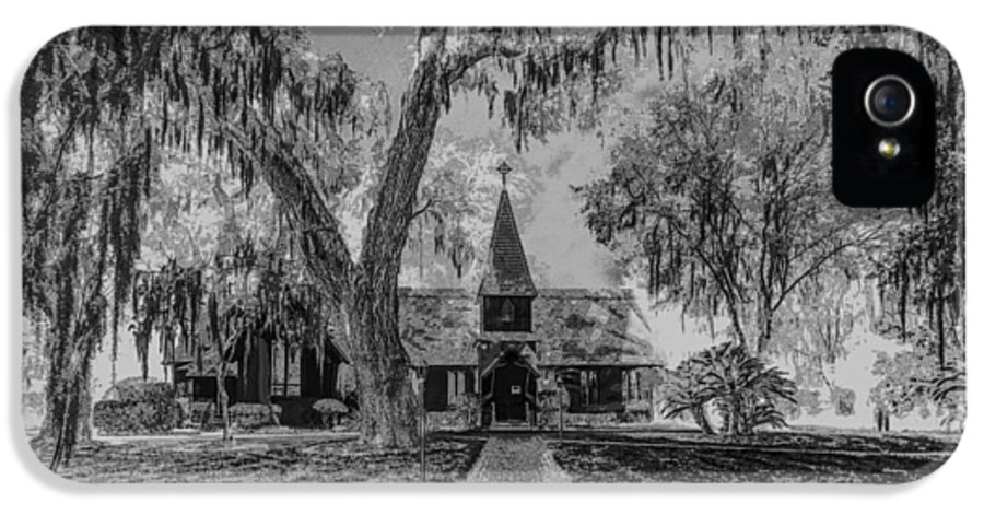 Christ IPhone 5 Case featuring the photograph Christ Church Etching by Debra and Dave Vanderlaan