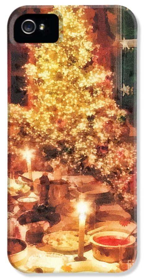Christmas Eve IPhone 5 Case featuring the painting Christmas Eve by Mo T