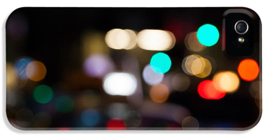 Bokeh IPhone 5 Case featuring the photograph City Lights by John Farnan