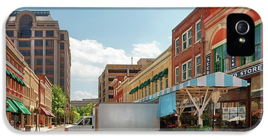 Savad IPhone 5 Case featuring the photograph City - Roanoke Va - The City Market by Mike Savad