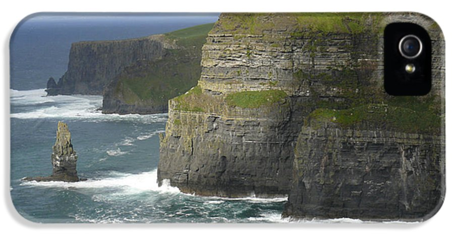 Ireland IPhone 5 Case featuring the photograph Cliffs Of Moher 2 by Mike McGlothlen