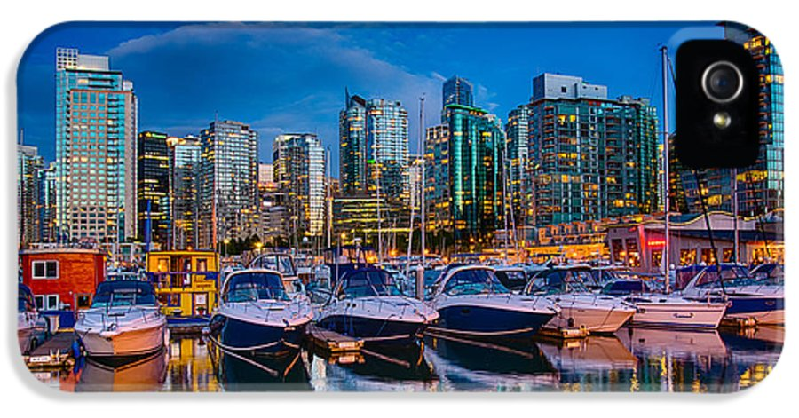 Vancouver IPhone 5 Case featuring the photograph Coal Harbour by Ian Stotesbury