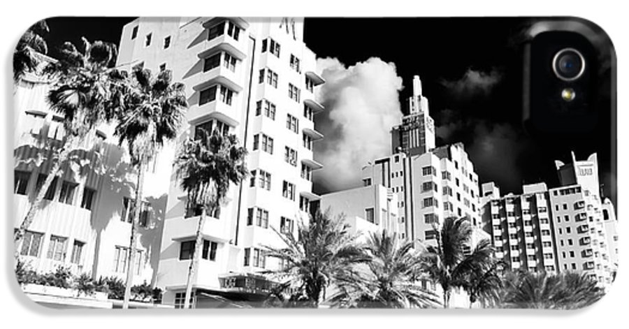 Collins Avenue IPhone 5 Case featuring the photograph Collins Avenue by John Rizzuto