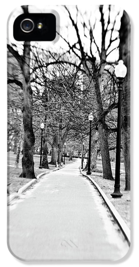 Black & White IPhone 5 Case featuring the photograph Commons Park Pathway by Scott Pellegrin