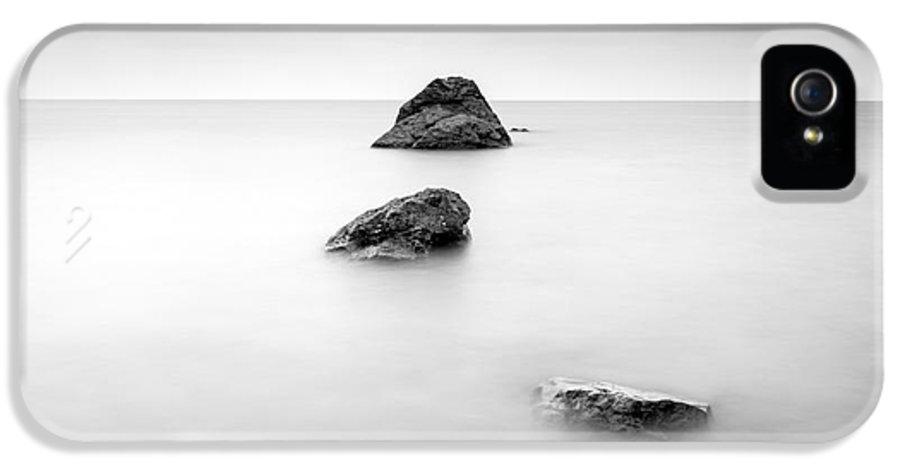 Beach In Cornwall IPhone 5 Case featuring the photograph Cornish Seascape by John Farnan