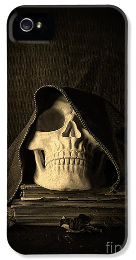 Halloween IPhone 5 Case featuring the photograph Creepy Hooded Skull by Edward Fielding
