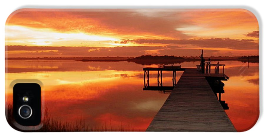 Orange Waterscapes IPhone 5 Case featuring the photograph Dawn Of New Year by Karen Wiles