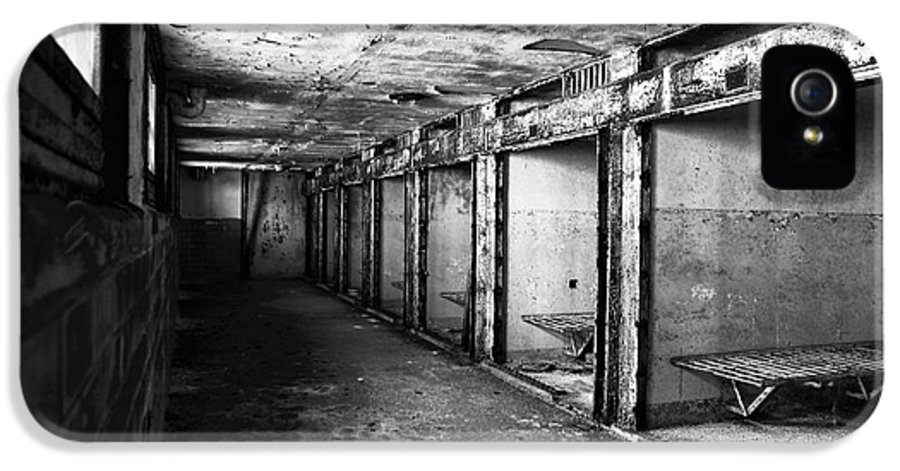 Eastern State Penitentiary IPhone 5 Case featuring the photograph Death Row by John Rizzuto