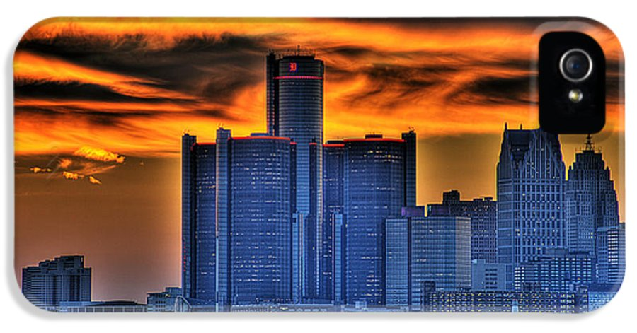 Sun IPhone 5 Case featuring the photograph Detroits Sky by Nicholas Grunas