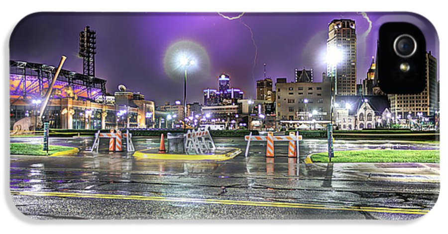 King Kong IPhone 5 Case featuring the photograph Electric Detroit by Nicholas Grunas