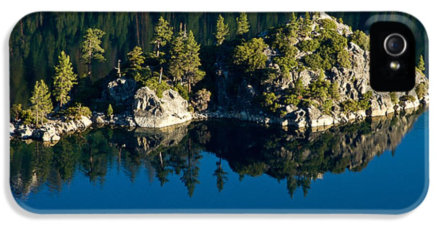 Lake Tahoe IPhone 5 Case featuring the photograph Emerald Isle by Bill Gallagher
