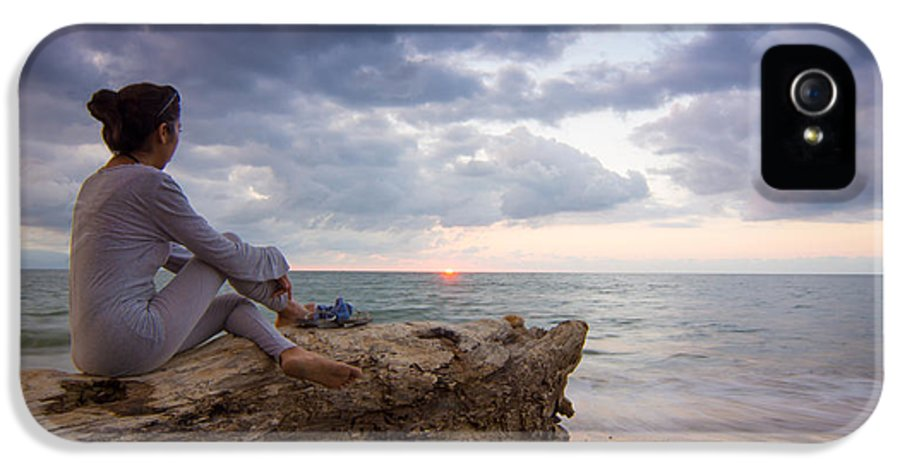 Woman IPhone 5 Case featuring the photograph Enjoing The Sunset by Aged Pixel