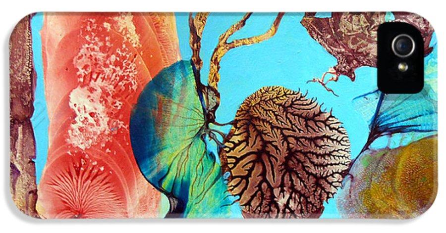 Landscape IPhone 5 Case featuring the painting Ernsthaftes Spiel Im Innerem Erdteil by Otto Rapp