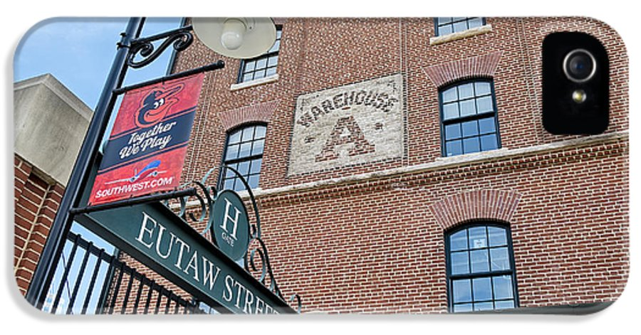 Baltimore IPhone 5 Case featuring the photograph Eutaw Street by Susan Candelario