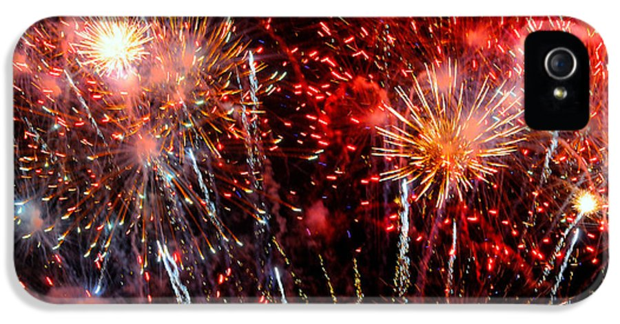 Fireworks IPhone 5 Case featuring the photograph Explode by Diana Angstadt