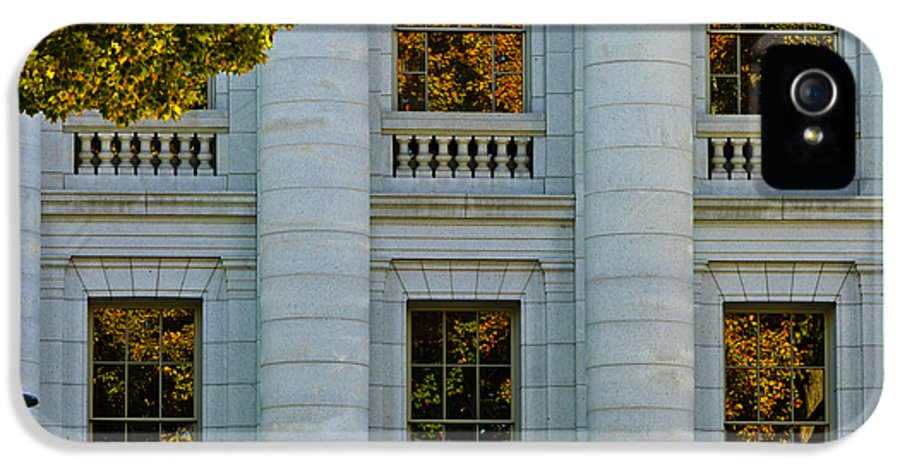 Badger State IPhone 5 Case featuring the photograph Fall At The Capitol by Christi Kraft