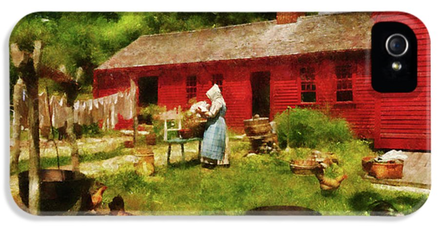 Suburbanscenes IPhone 5 Case featuring the photograph Farm - Laundry - Old School Laundry by Mike Savad