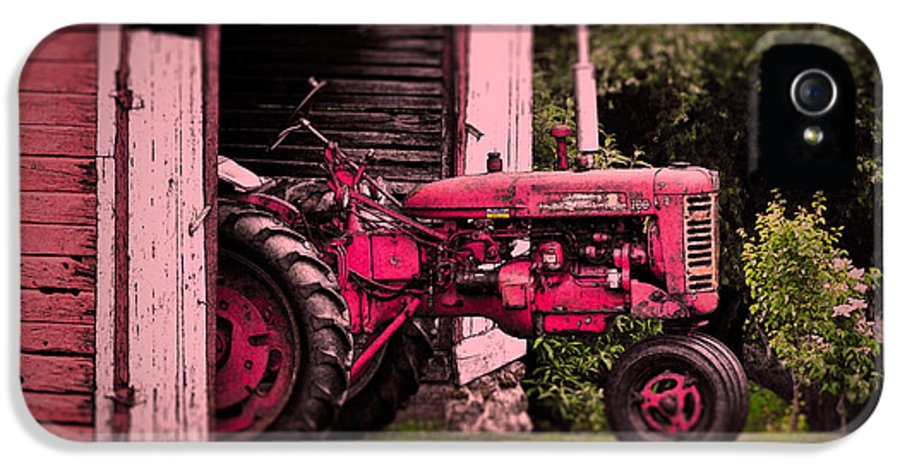 Barn IPhone 5 Case featuring the photograph Farmall 200 by Robert Geary