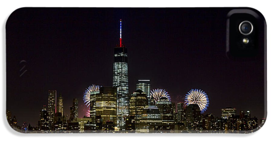 New York IPhone 5 Case featuring the photograph Fireworks 4th Of July by D Plinth