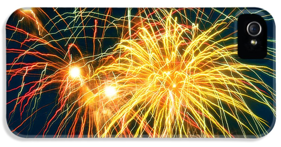 Fireworks Finale By Doug Kreuger IPhone 5 Case featuring the photograph Fireworks Finale by Doug Kreuger