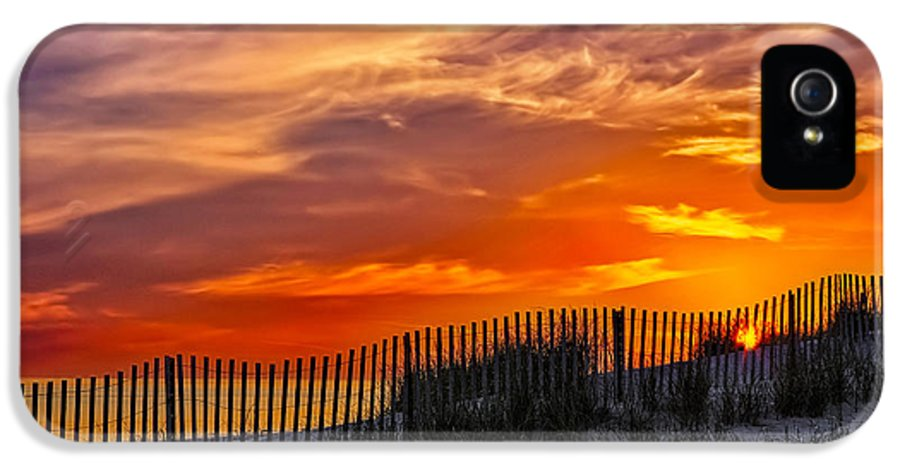 Cape IPhone 5 Case featuring the photograph First Light At Cape Cod Beach by Susan Candelario
