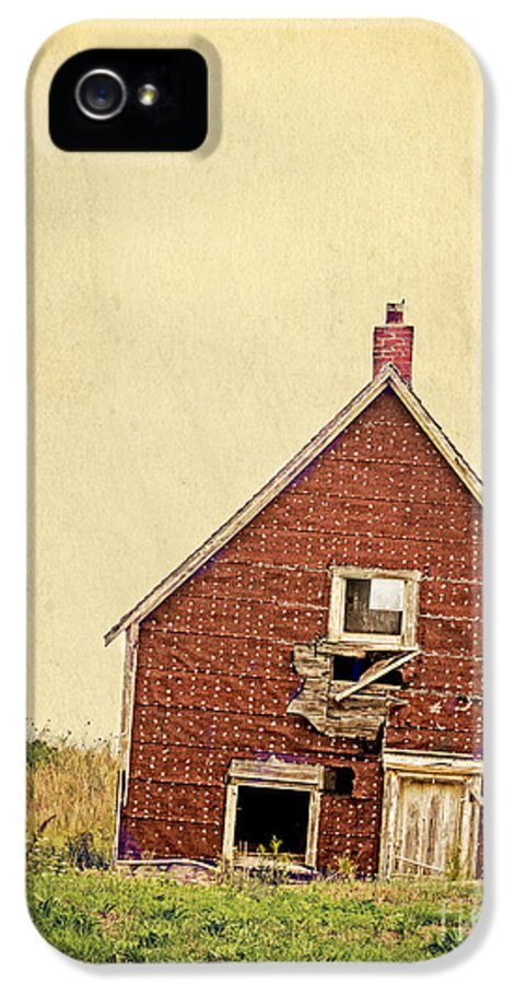 Abandoned IPhone 5 Case featuring the photograph Forsaken Dreams by Edward Fielding