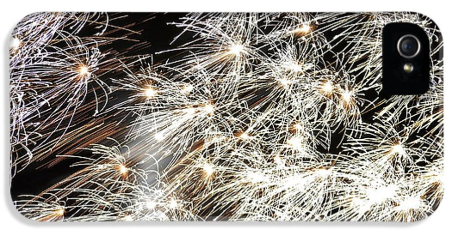 Fireworks IPhone 5 Case featuring the photograph Fourth Of July Fireworks by Kim Bemis