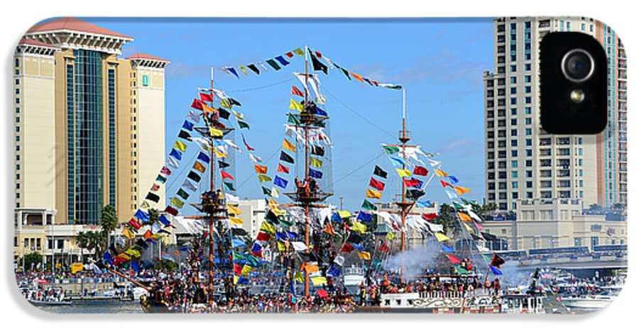 Fine Art Photography IPhone 5 Case featuring the photograph Gasparilla Work D by David Lee Thompson