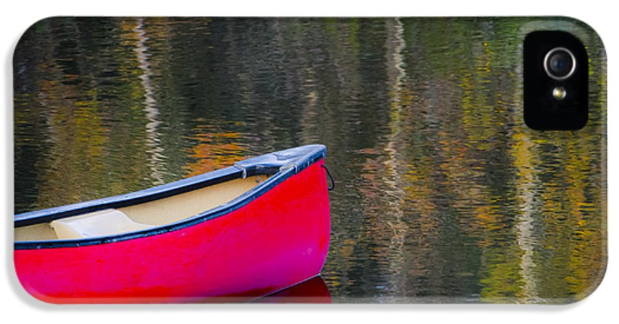Canoe IPhone 5 Case featuring the photograph Getaway Canoe by Carolyn Marshall