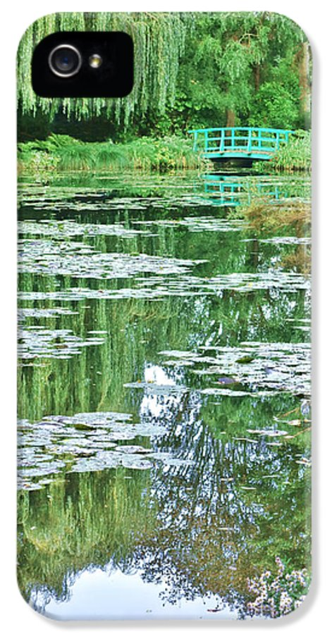 France IPhone 5 Case featuring the photograph Giverny by Olivier Le Queinec