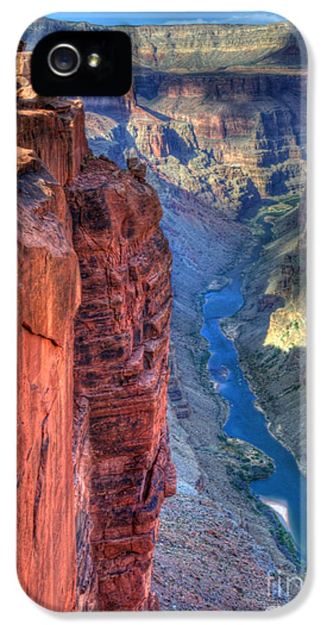Grand Canyon IPhone 5 Case featuring the photograph Grand Canyon Awe Inspiring by Bob Christopher
