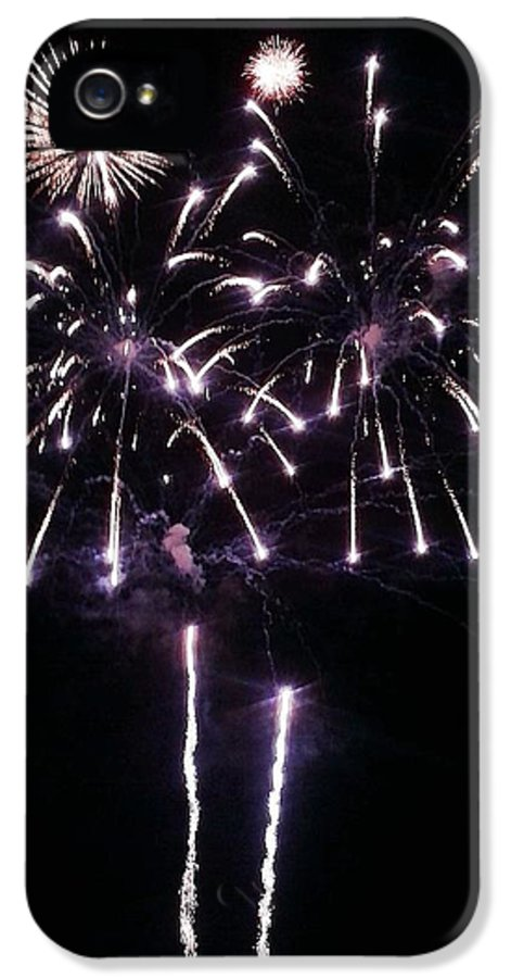 Fireworks IPhone 5 Case featuring the photograph Happy 4th by Andrew Stoffel