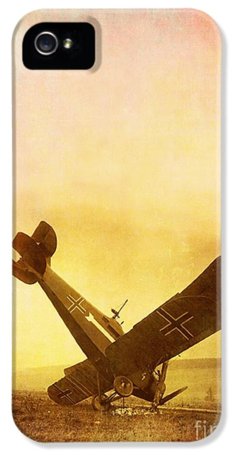 Airplane IPhone 5 Case featuring the photograph Hard Landing by Edward Fielding