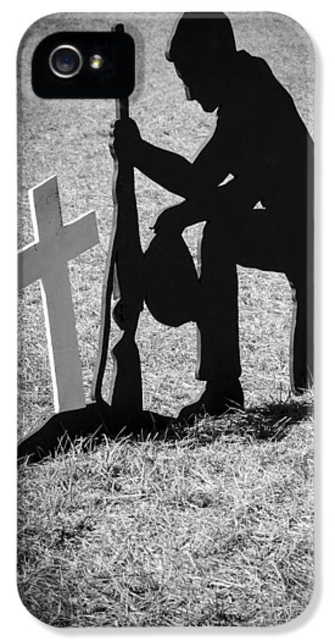 Soldier IPhone 5 Case featuring the photograph Honor In The Field by Carolyn Marshall