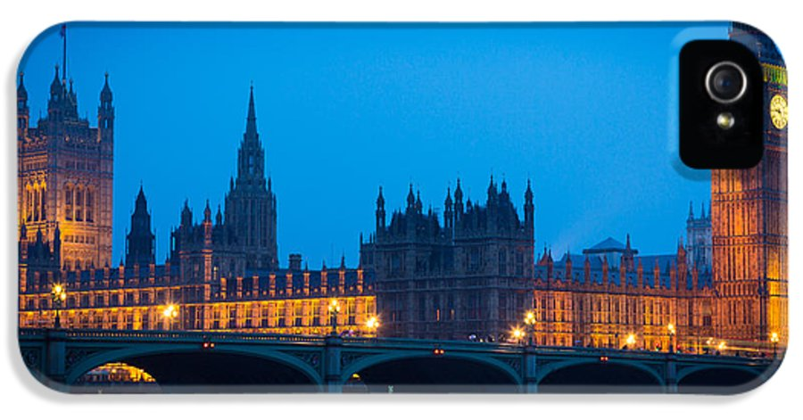 Big Ben IPhone 5 Case featuring the photograph Houses Of Parliament by Inge Johnsson