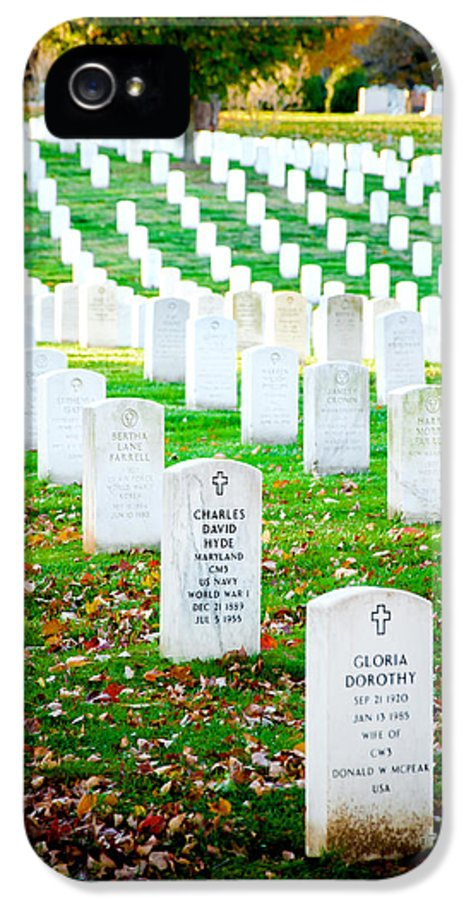 Arlington Cemetery IPhone 5 Case featuring the photograph In Honor And Tribute by Greg Fortier