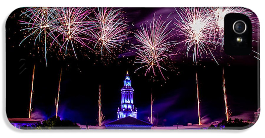 4th IPhone 5 Case featuring the photograph Independence Eve In Denver Colorado by Teri Virbickis