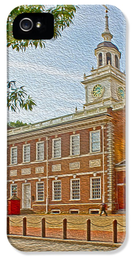 Pennsylvania IPhone 5 Case featuring the photograph Independence Hall Philadelphia by Tom Gari Gallery-Three-Photography