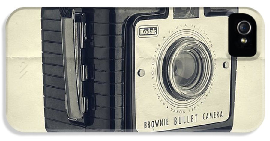Isolated IPhone 5 Case featuring the photograph Instant Artist by Edward Fielding