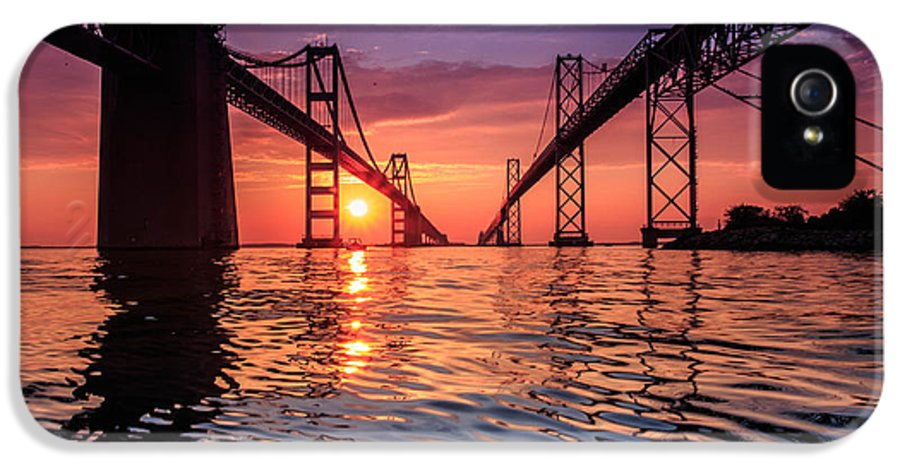 Annapolis IPhone 5 Case featuring the photograph Into Sunrise 2 by Jennifer Casey