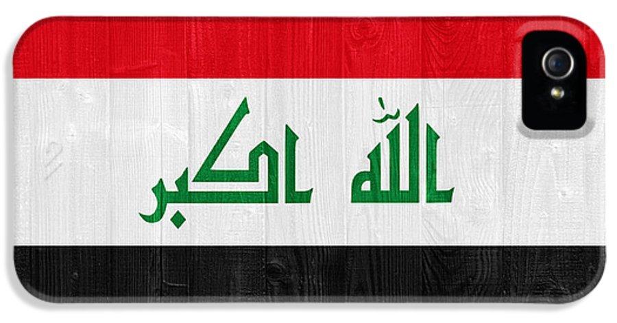 Iraq IPhone 5 Case featuring the photograph Iraq Flag by Luis Alvarenga