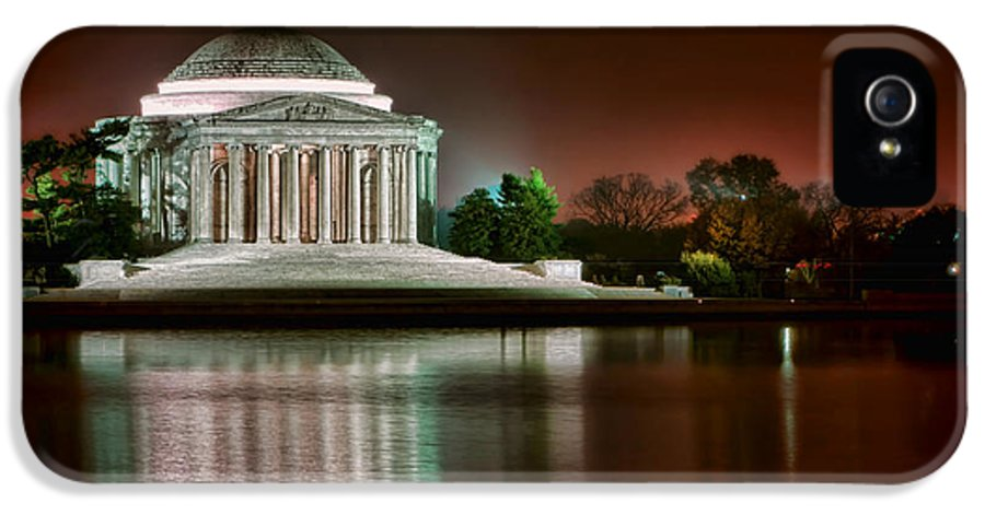 Washington IPhone 5 Case featuring the photograph Jefferson Memorial At Night by Olivier Le Queinec