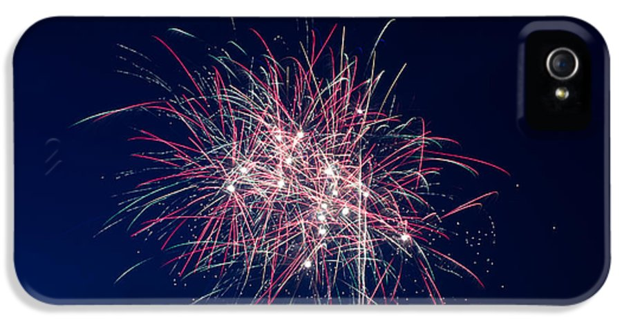Fireworks IPhone 5 Case featuring the photograph July 4th 2014 10 by Chad Rowe