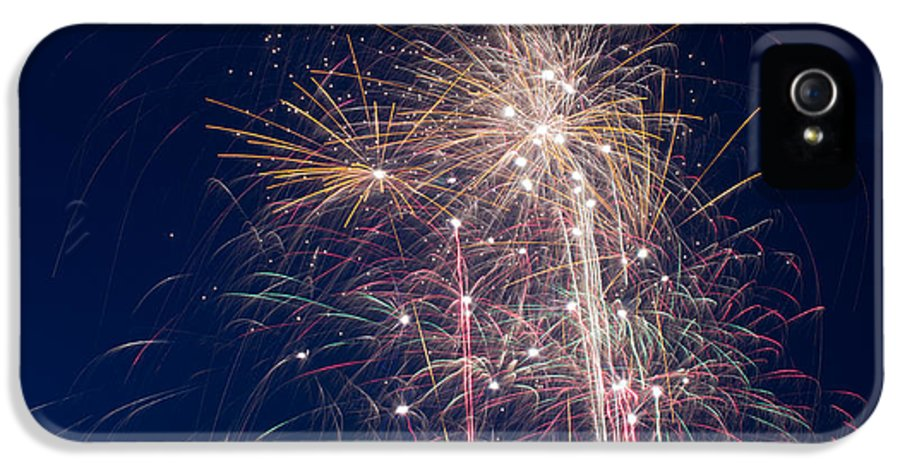 Fireworks IPhone 5 Case featuring the photograph July 4th 2014 28 by Chad Rowe