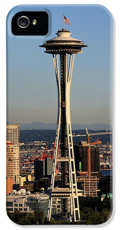 Space Needle IPhone 5 Case featuring the photograph July 4th Needle by Benjamin Yeager