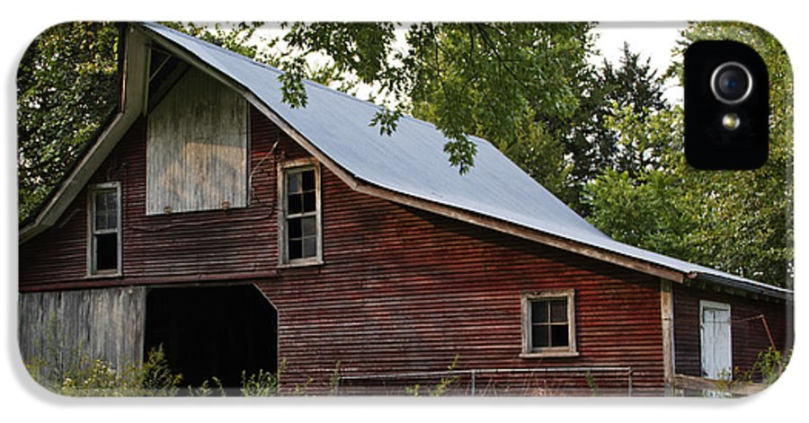 Landscape Photographs IPhone 5 Case featuring the photograph Kansas Hay Barn by Guy Shultz