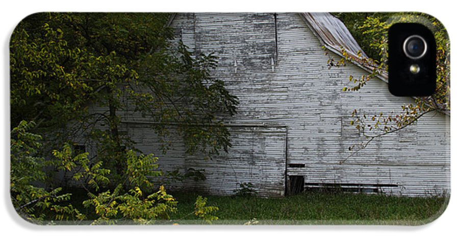 Landscape Photographs IPhone 5 Case featuring the photograph Kansas White Barn by Guy Shultz